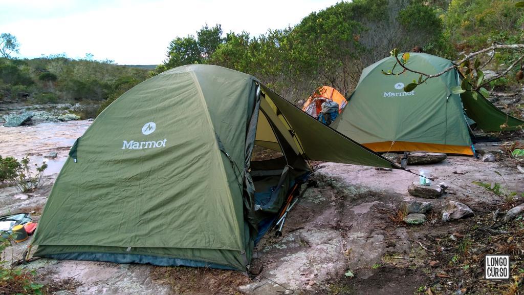 Acampamento às margens do Riachão das Pedras, na altura da Toca do Vaqueiro