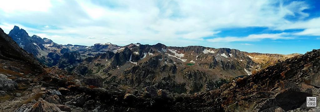 Visual a partir do trecho final de aproximação à Paintbrush Divide. Quarto dia da Teton Crest Trail.