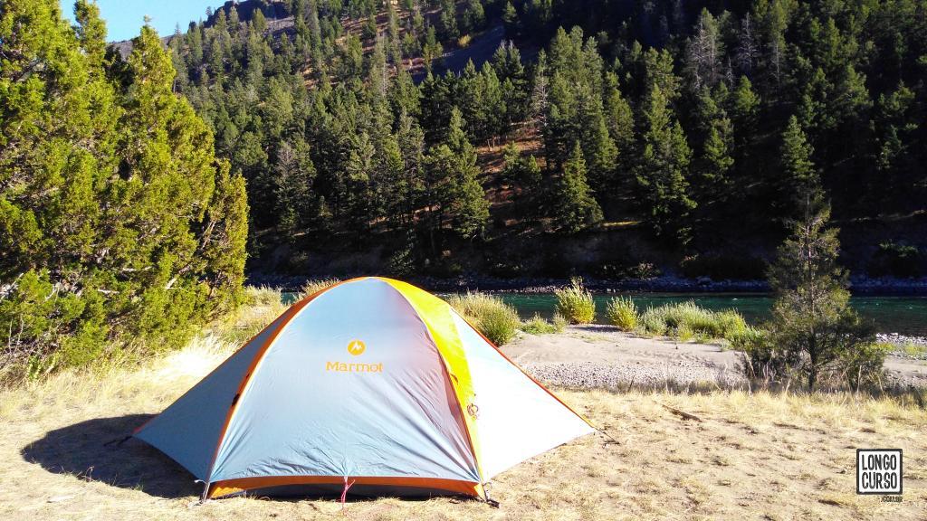 Acampamento 1Y7 às margens do Yellowstone River, segundo dia da travessia Black Canyon of Yellowstone River